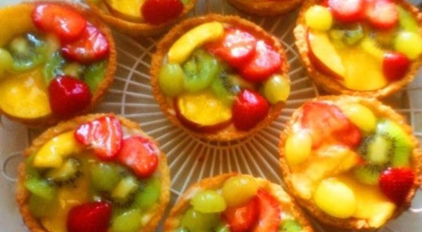 Рецепт Пирожные корзиночки с фруктами