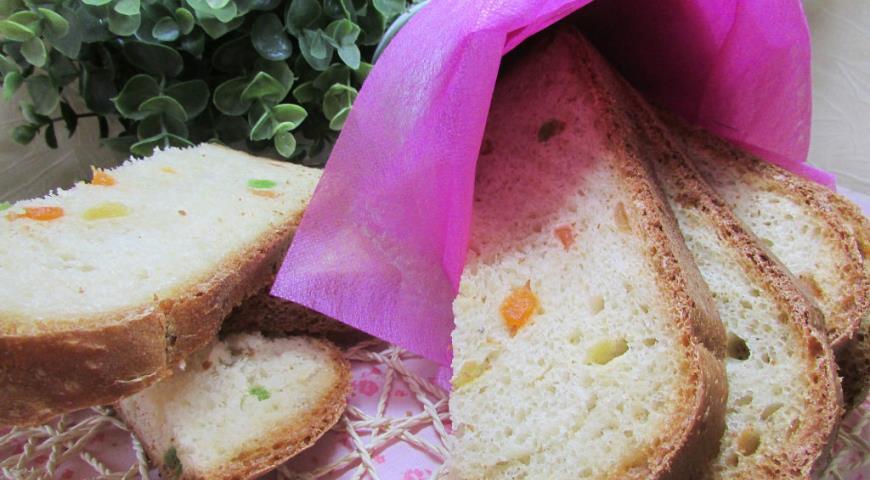 Рецепт Хлеб белый с цукатами в хлебопечке