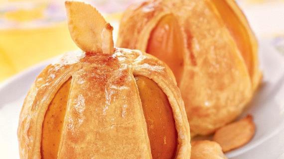 Пирожки с яблоками и яблоки в тесте