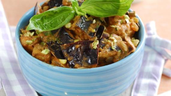 Как жарить картошку чугунной сковороде