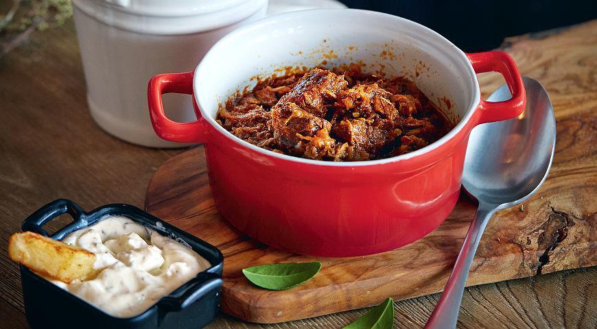 Рецепт Кокинисто, мясное рагу с овощами