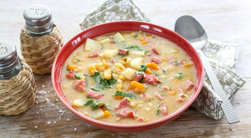 Рецепт Гороховый суп с колбасой