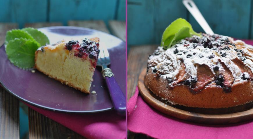 Рецепт Йогуртовый пирог с персиком и смородиной