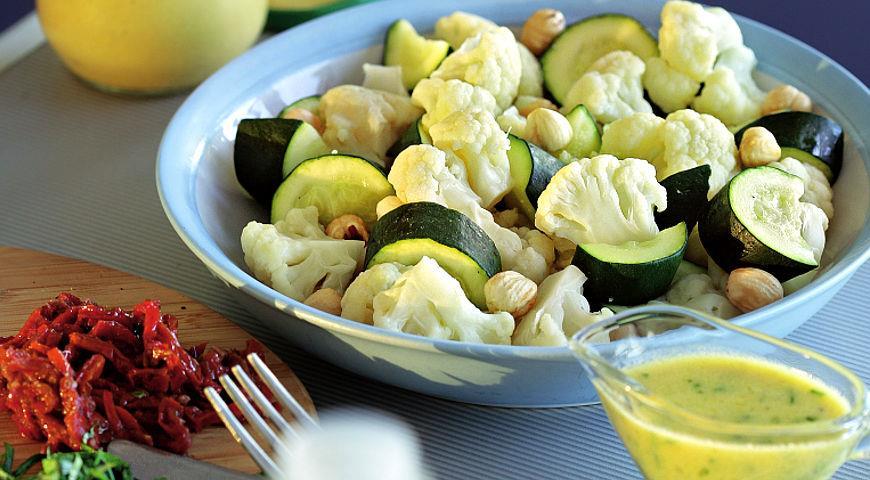 Рецепт Овощная закуска с лимонно-базиликовой заправкой