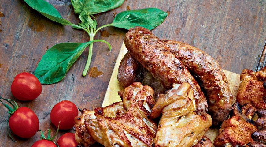 Рецепт Колбаски в чесночном масле