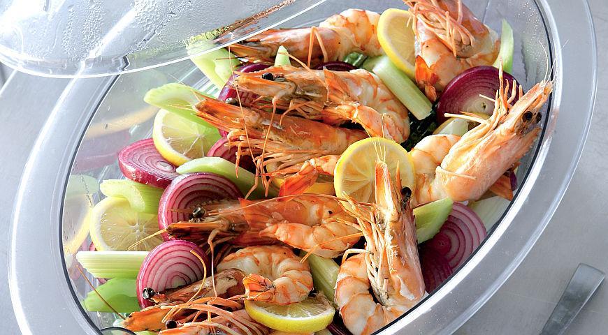 Рецепт Острые креветки в пиве с пикантным соусом