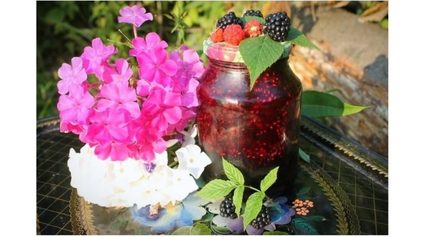 Рецепт Варенье из еживики с малиной