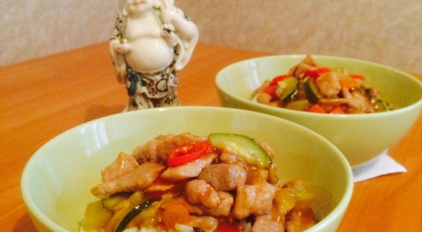 Рецепт Свинина с овощами в кисло-сладком соусе