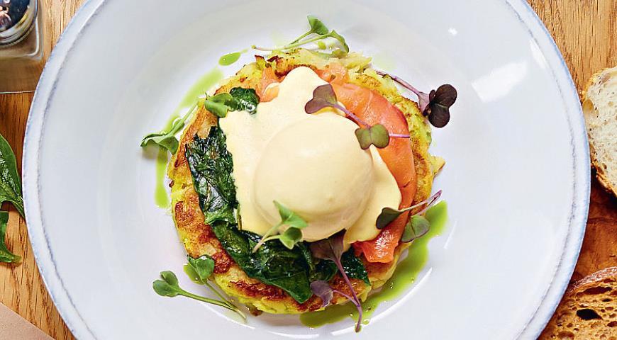 Рецепт Яйца «Бенедикт» с картофелем рёсти