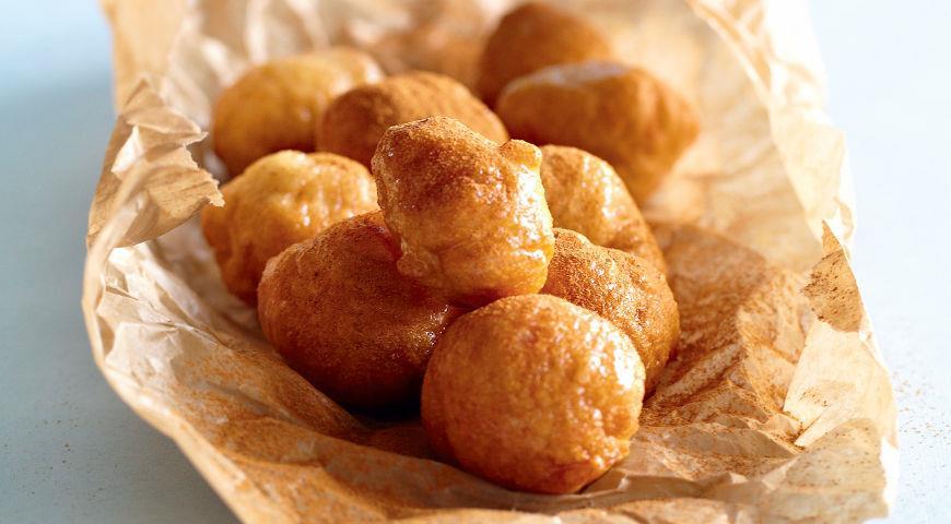 Рецепт Пончики в медовом сиропе