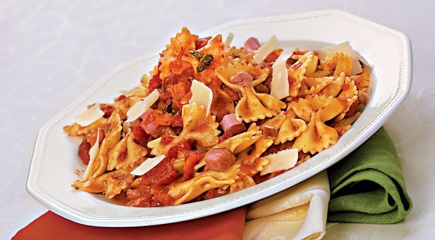 Рецепт Фарфалле с неаполитанским томатным соусом