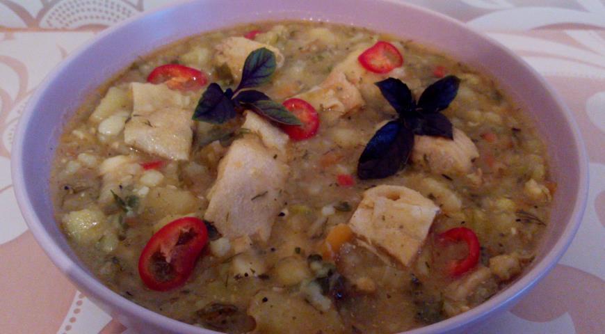 Рецепт Похлебка рыбная с янтарной форелью и овощами