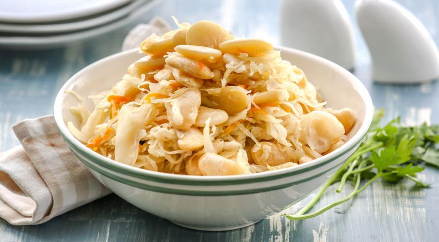 Рецепт Фасоль с квашенной капустой