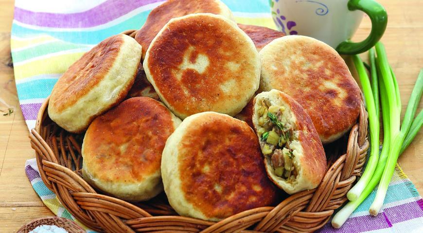 Рецепт Жареные пирожки с баклажанами и мясом