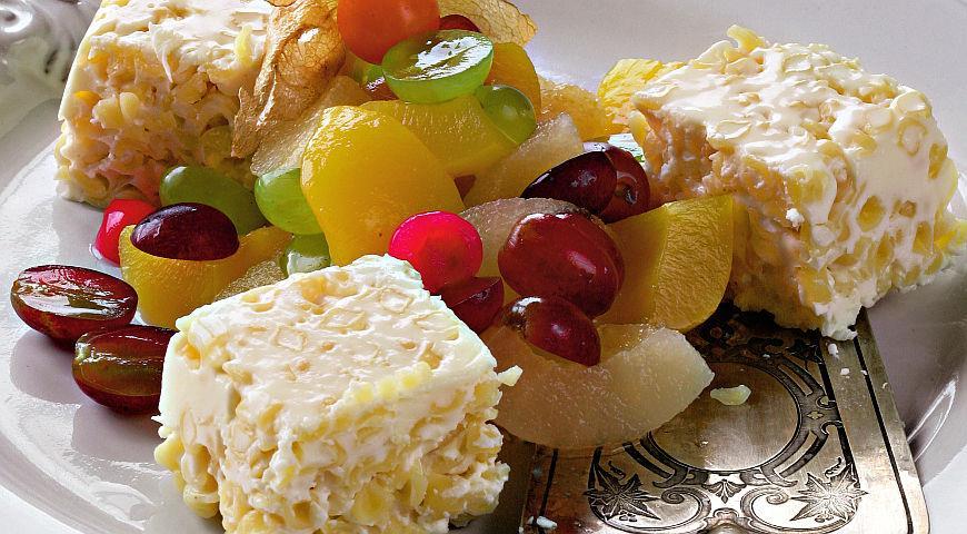 Рецепт Салат с паннакоттой и фруктами