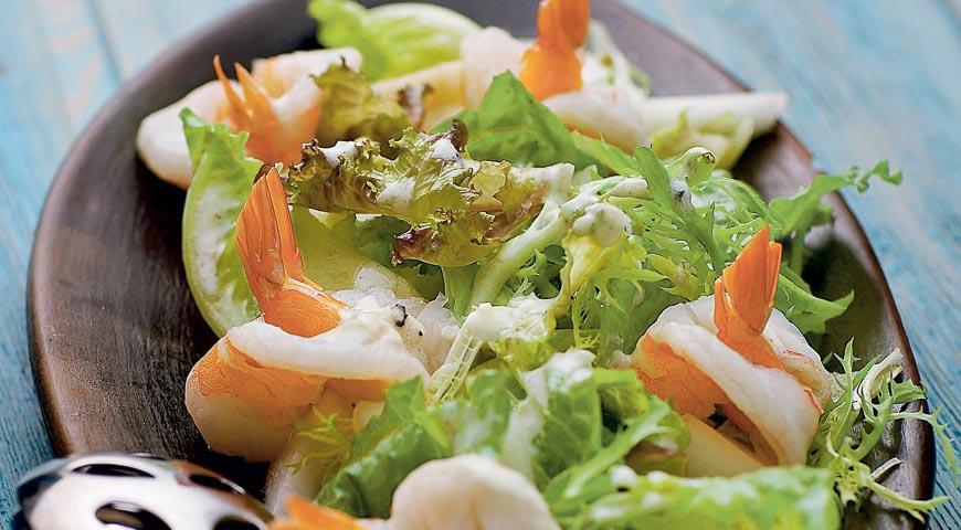 Рецепт Салат из креветок с дыней и авокадо