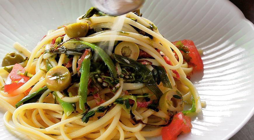 Рецепт Лингвине с салями