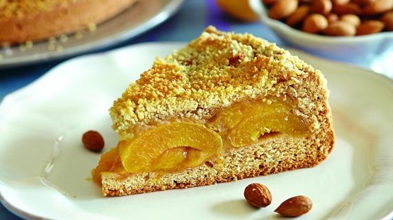 Абрикосовый пирог с миндалем