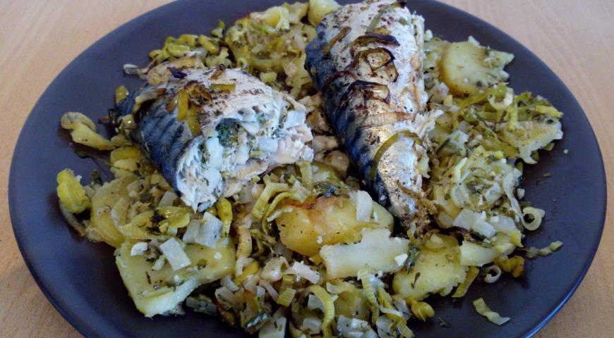 Рецепт Фаршированная скумбрия с репой и картофелем
