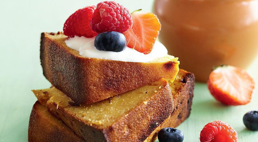 Рецепт Быстрый кукурузный хлеб с кленовым сиропом и чеддером