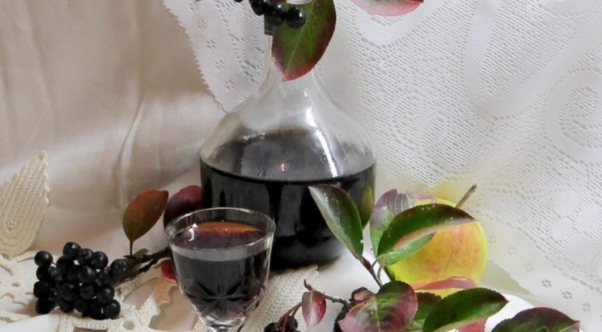 Рецепт Наливка из черноплодной рябины