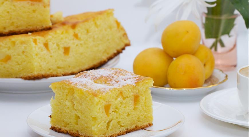 Рецепт Сливочная шарлотка с абрикосами