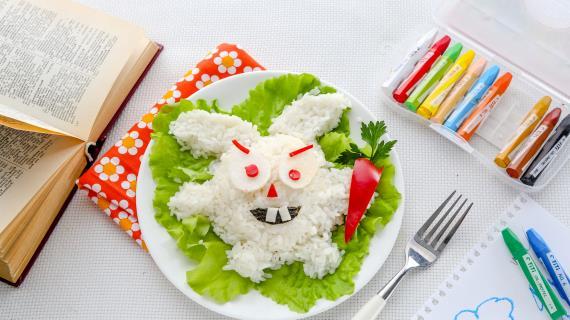 Смешарик «Лунный заяц»–онигири
