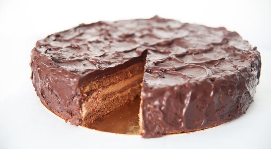 Рецепт Торт «Шоколадный с клубникой»
