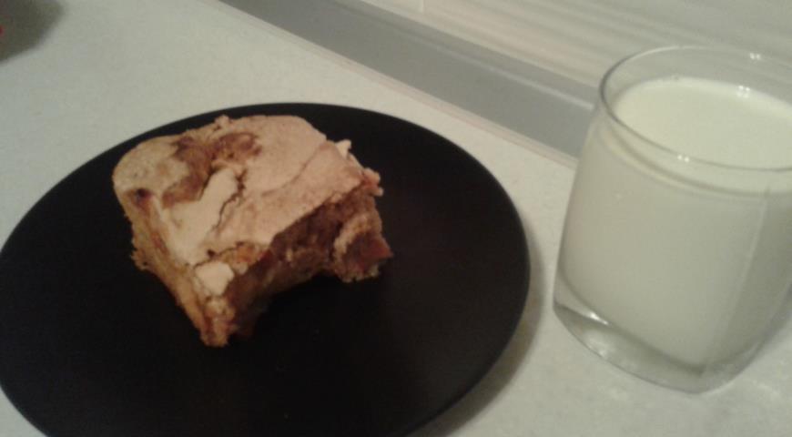 шарлотка с клубникой в духовке рецепт с фото