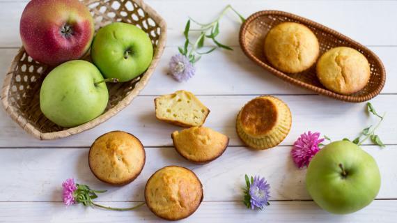 Порционная яблочная шарлотка