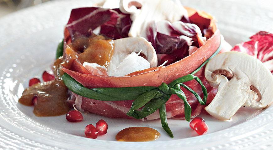 Рецепт Красный салат с шампиньонами