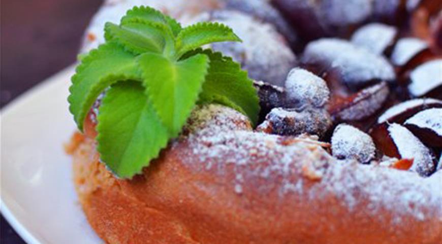 Рецепт Zwetchgenkuchen - Баварский сливовый пирог