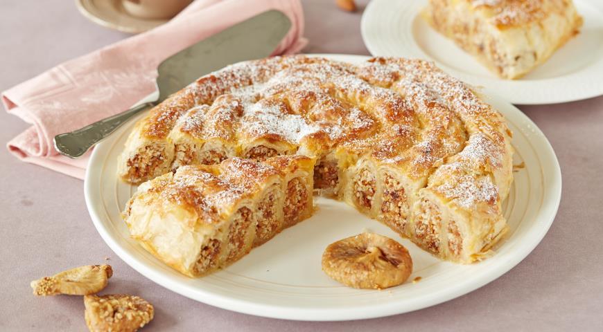 Рецепт Марокканский пирог с инжиром и миндалем