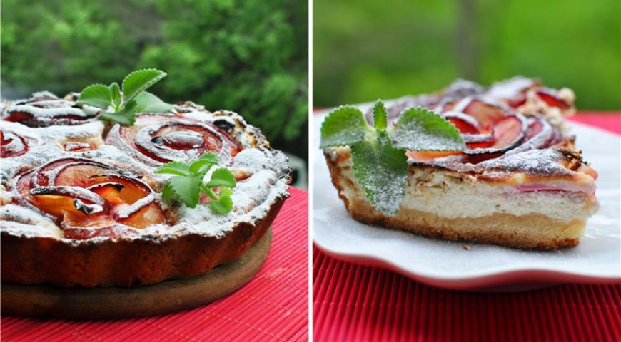 Рецепт Сливовый пирог с творожным кремом