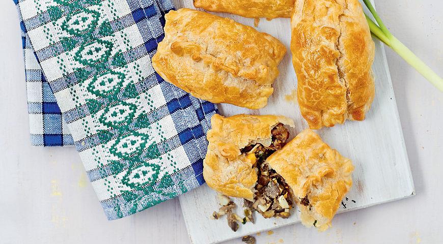 Рецепт Слоеные пирожки с вешенками