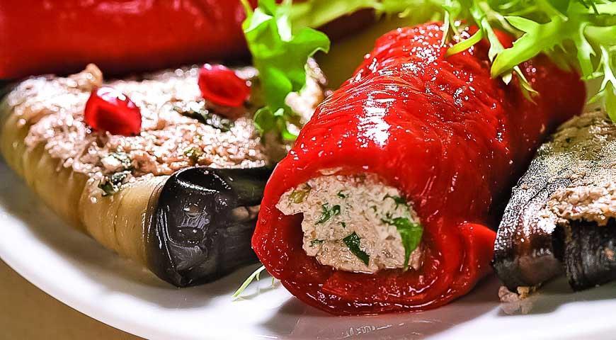 Рецепт Фаршированные баклажаны и перцы