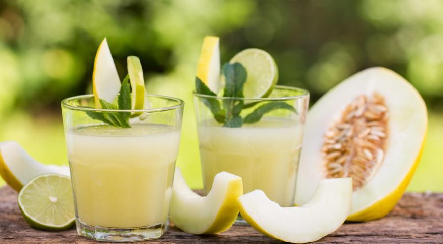 Рецепт Яблочно-дынный напиток с лаймом и мятой