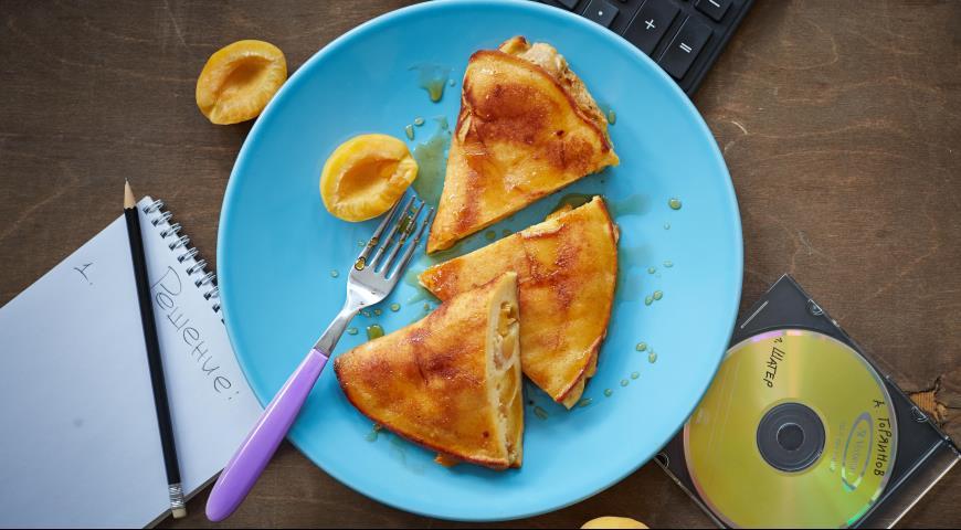 Рецепт Жареный «вареник» с абрикосами