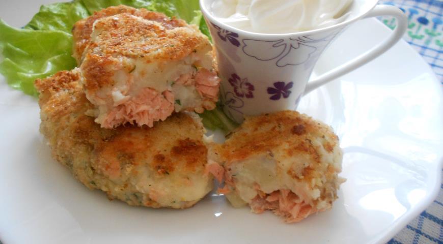 Рецепт Картофельные пирожки с горбушей