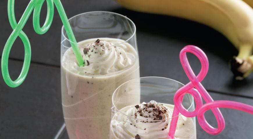 Рецепт Молочный коктейль с мороженым и фруктами