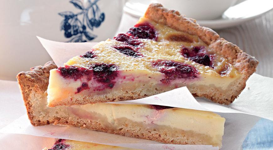 Пирог с малиной из творожного теста