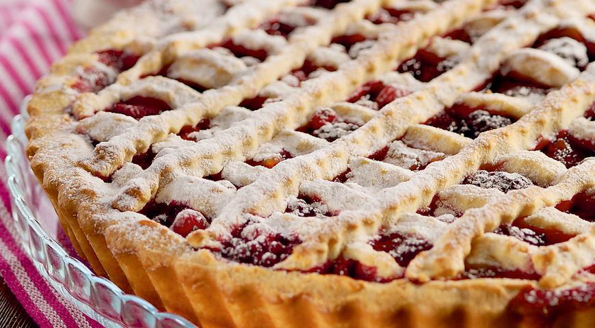 Рецепт пирога с ягодами с фото