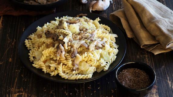 Салаты с курицей и икрой рецепты