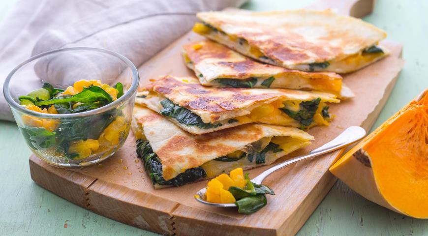 Рецепт Кесадильи с тыквой и шпинатом