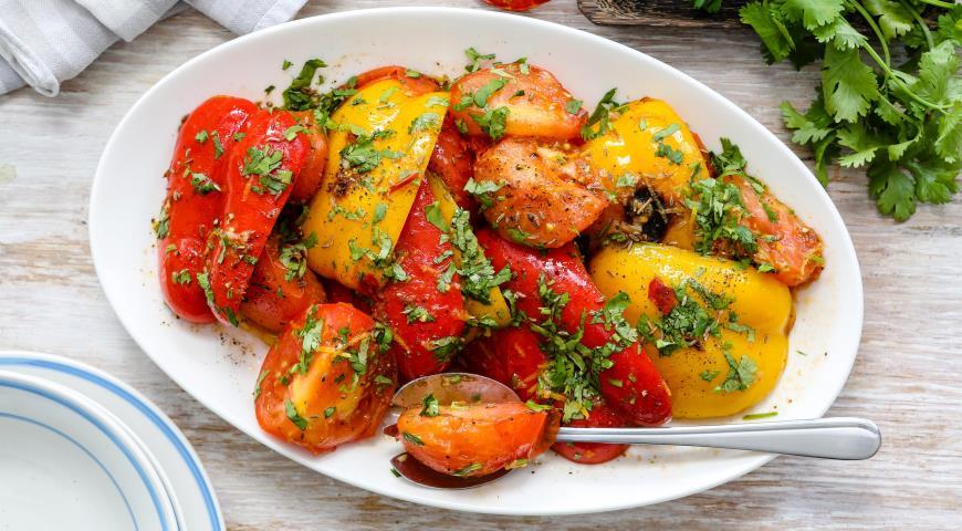 Рецепт Салат из жареных овощей с пряностями