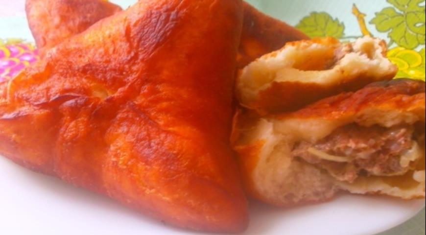 Рецепт Пирожки в масле с мясом и орехами