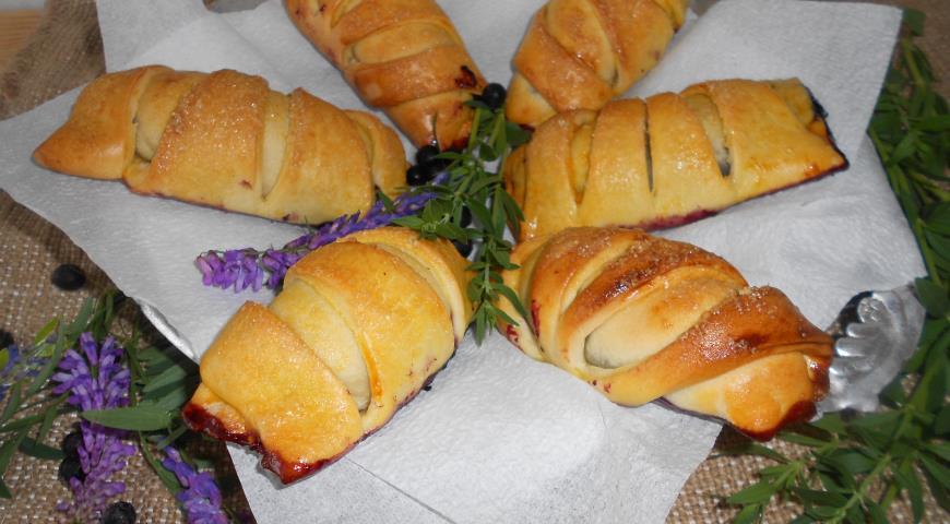 Пирожки с черникой в духовке пошаговый рецепт с фото
