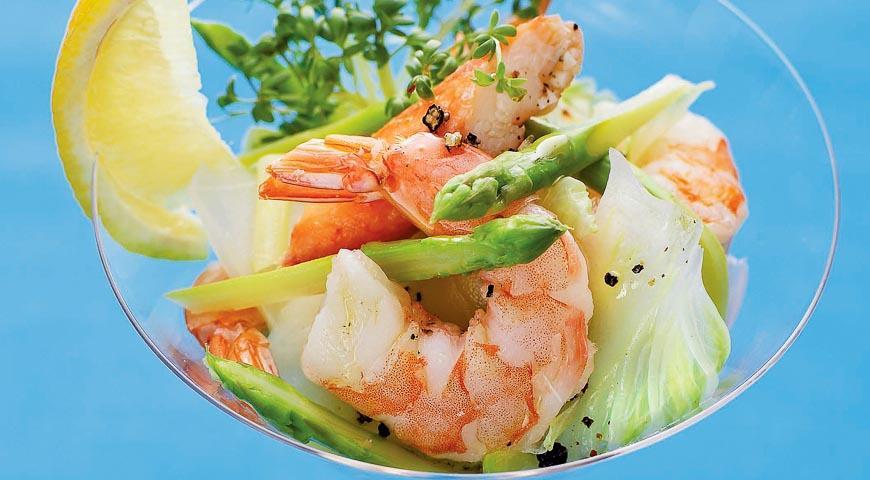 Салат из морепродуктов креветки