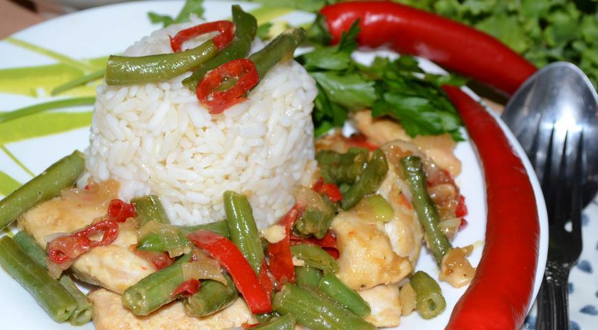 Рецепт Курица с рисом и фасолью