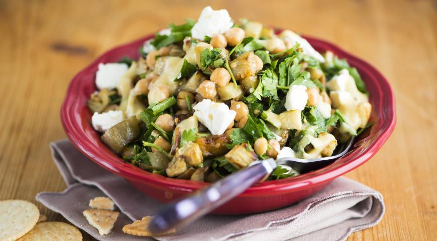 Салат из баклажанов инута ссыром фета